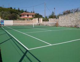 Σύβοτα: Ιδιωτικό γήπεδο τέννις